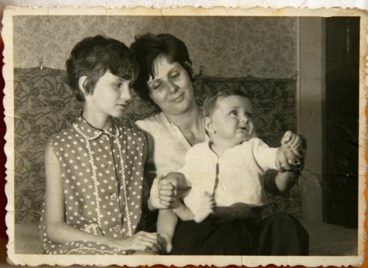 Adrienne, mama cu mine