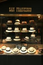 Jos pălăria, sus pălăria, în Downtown