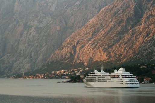 Kotor Bay, apus
