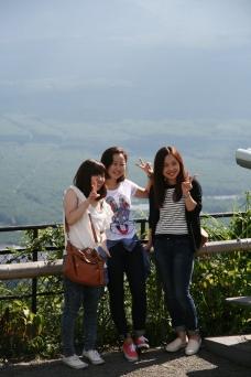 Fotografii cu muntele în spate